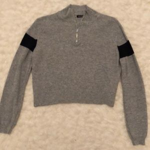 Cropped rugby sweater